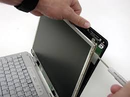 zamena ekrana na laptopu